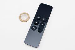 Nuevos medios de TV de Apple que fluyen el microconsole del jugador Imágenes de archivo libres de regalías