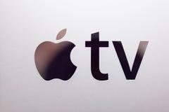 Nuevos medios de TV de Apple que fluyen el microconsole del jugador Foto de archivo libre de regalías