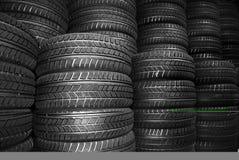Nuevos neumáticos del coche Fotografía de archivo libre de regalías