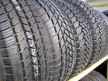 Nuevos neumáticos para la venta 2 Imagenes de archivo