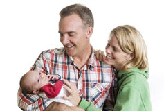 Nuevos padres con su bebé Foto de archivo
