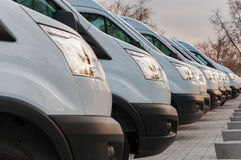 Nuevos vehículos del transporte de la mercancía Imágenes de archivo libres de regalías