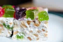 Nugat mit Marmelade und Nüssen Lizenzfreies Stockfoto