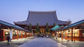 Nuit à la vidéo de laps de temps de jour du temple de Sensoji à Tokyo, Japon, Timelapse 4K clips vidéos