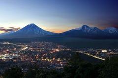 Nuit à Petropavlovsk-Kamchatskiy images stock