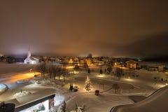 Nuit au-dessus de village de Pertisau aux Alpes au Tyrol, Autriche Photos libres de droits