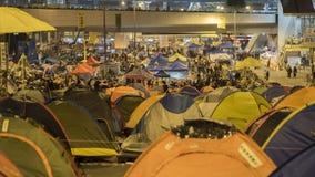 Nuit avant le dégagement à la révolution de parapluie - Amirauté, Hong Kong Photo libre de droits