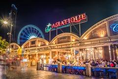Nuit chez Asiatique à Bangkok, Thaïlande image stock