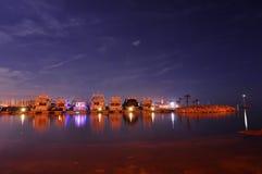 Nuit d'été dans le port de Novigrad Photo stock