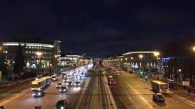 Nuit d'obscurité de Moskovsky Prospekt clips vidéos