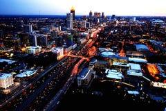 Nuit dans la ville photo stock