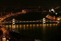 Nuit Danube à Budapest Photographie stock libre de droits