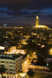 Nuit de Casablanca Maroc de mosquée de Hassan II Image stock