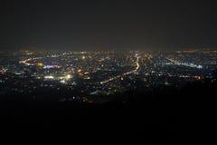 Nuit de Chiangmai sous la brume Image stock