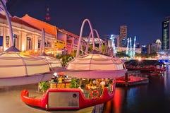 Nuit de Clarke Quay à Singapour Photographie stock