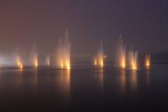 nuit de fontaines photos stock