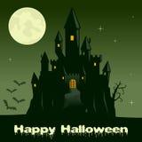 Nuit de Halloween avec le château effrayant de Ghost Photo libre de droits