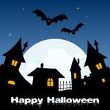 Nuit de Halloween - ville fantôme et pleine lune Photographie stock