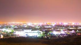 Nuit de laps de temps de Jeddah au-dessus de montagne avec l'appareil-photo mobile clips vidéos