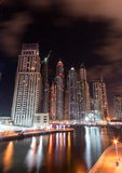 nuit de marina du Dubaï photo libre de droits