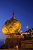 Nuit de roche d'or, Birmanie Photo libre de droits