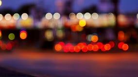 Nuit de rue de ville de feux de signalisation clips vidéos