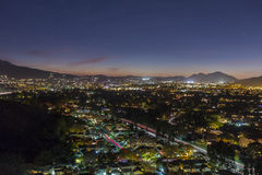 Nuit de Thousand Oaks la Californie Photographie stock libre de droits