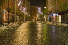 Nuit de ville dans Rosenheim Photographie stock libre de droits