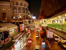 Nuit de ville de Bangkok Images libres de droits