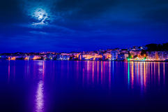 Nuit nuageuse de la pleine lune Images stock