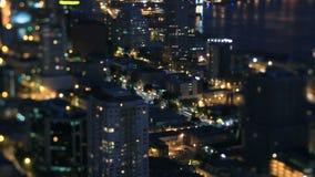 Nuit Pan Tilt Shift de laps de temps de paysage urbain de Seattle banque de vidéos