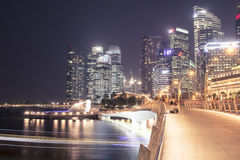 Nuit Singapour Photographie stock libre de droits