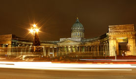 Nuit St Petersburg Photographie stock libre de droits