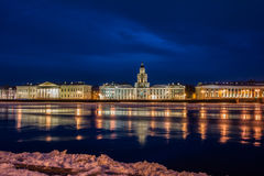 Nuit St Petersburg. Photo stock