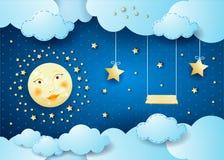 Nuit surréaliste avec la pleine lune, les étoiles accrochantes et l'oscillation Photos libres de droits