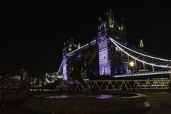Nuits de pont de tour Photos stock