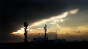 Nuits foncées, jours lumineux photo libre de droits