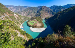 nujiangflod Arkivfoto