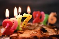 Numéro 2017, comme nouvelle année, sur un gâteau Photos stock