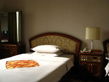 Numéro d'hôtel avec deux bâtis Images stock