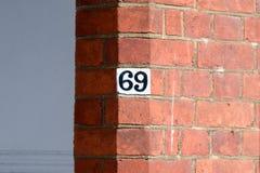 Numéro de maison 69 Photographie stock libre de droits
