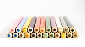 Numéro des crayons colorés images stock