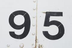 Numéro 95 quatre-vingt-quinze vieilles textures blanches de fond en métal Photos stock