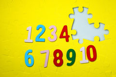 Numbers one to ten and the missing number 5 Royalty Free Stock Photography