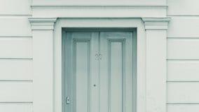 Numer 27 veintisiete de la puerta Imagenes de archivo