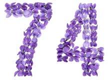 Numeral árabe 74, setenta quatro, das flores da viola, isoladas Imagens de Stock