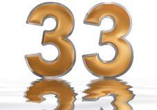Numeral 33, trinta e três, refletido na superfície da água, isolat Imagem de Stock