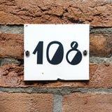 Numeri civici cento otto 108 Fotografia Stock Libera da Diritti