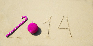 Numeri 2014 sulla sabbia - concetto di festa Fotografia Stock Libera da Diritti