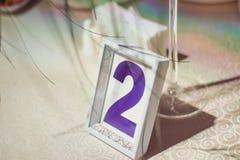 Numerierungstabellen an der Hochzeit Lizenzfreie Stockfotos